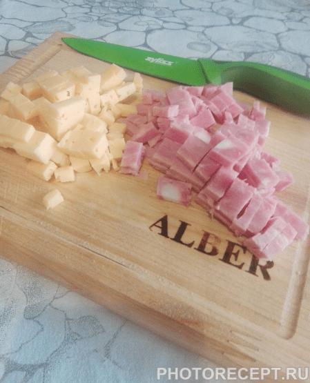 Фото рецепта - Котлеты с ветчиной и сыром - шаг 3