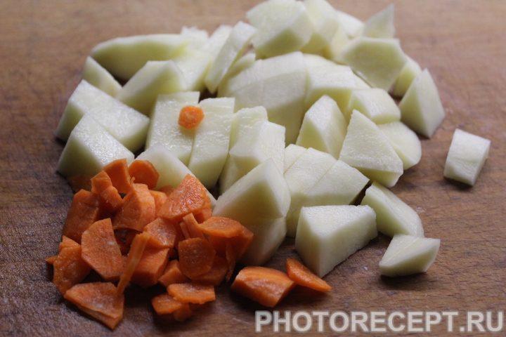 Фото рецепта - Сырный суп с грибами - шаг 2