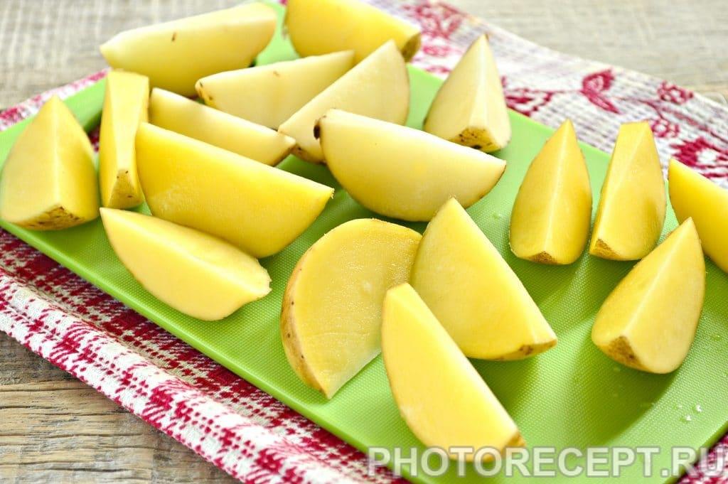 Фото рецепта - Картофель по-деревенски со специями - шаг 2