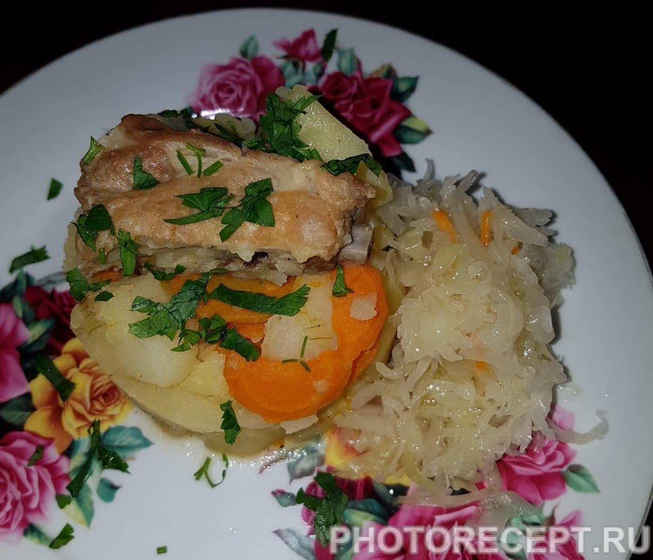 Тушеный картофель со свиными ребрами
