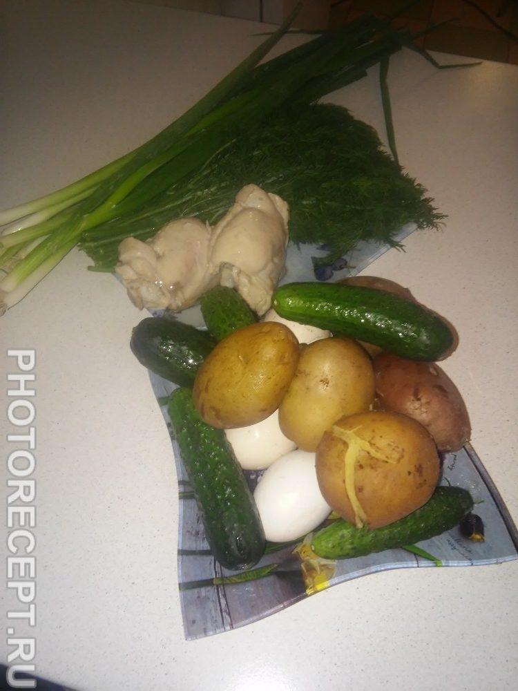 Фото рецепта - Окрошка на курином бульоне - шаг 1