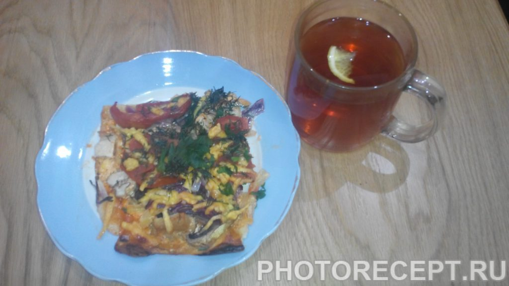 Фото рецепта - Пицца с куриной грудкой и грибами - шаг 15