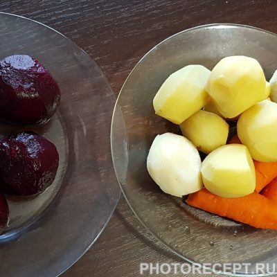 Фото рецепта - Винегрет с квашеной капустой - шаг 2