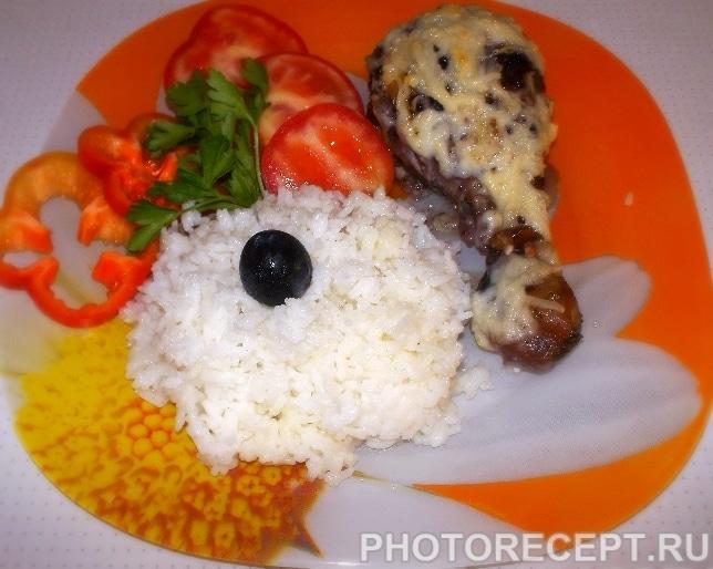 Куриные ножки, маринованные в виноградном соусе с рисом