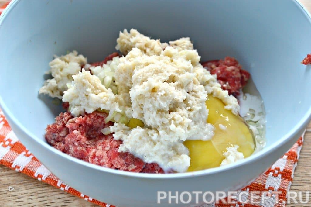 Фото рецепта - Котлеты в духовке из говядины - шаг 4