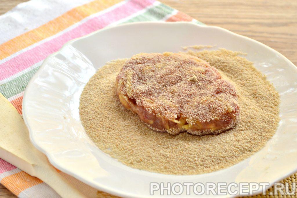 Фото рецепта - Котлеты из мясного фарша с картошкой - шаг 5