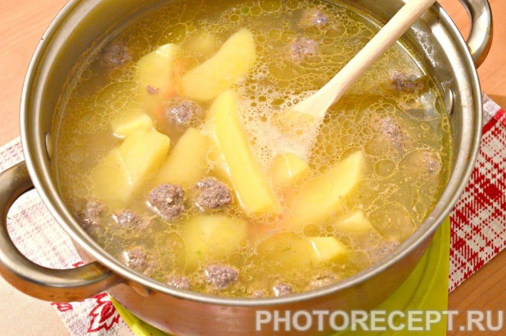 Фото рецепта - Картофельный суп с фрикадельками - шаг 5
