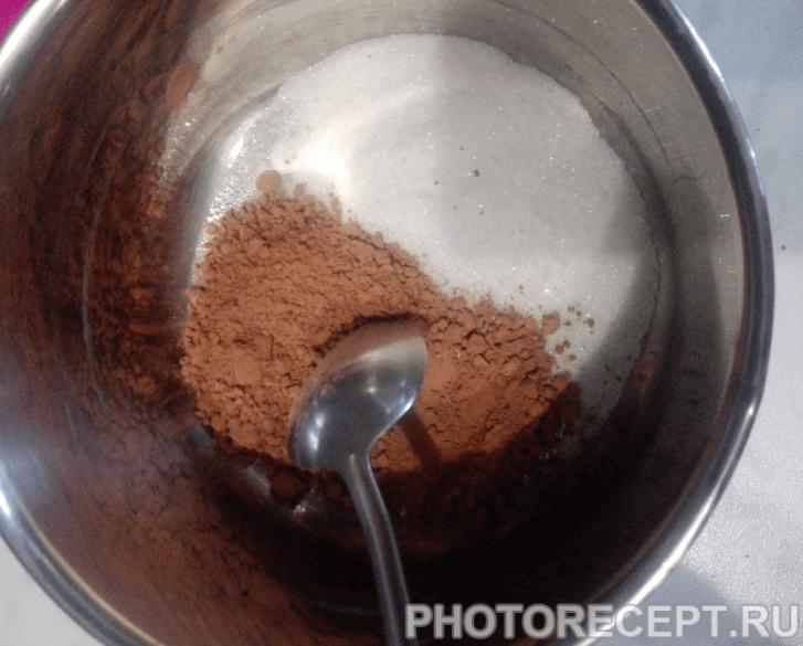 Фото рецепта - Очень шоколадное пирожное - шаг 7