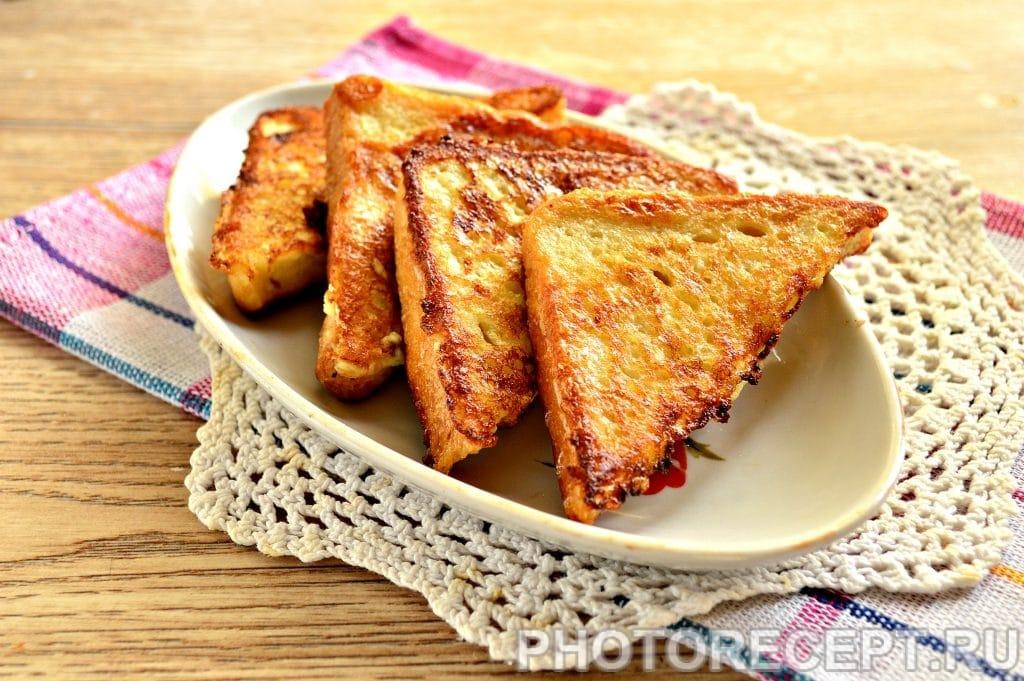 Фото рецепта - Сладкие гренки на сковороде - шаг 7