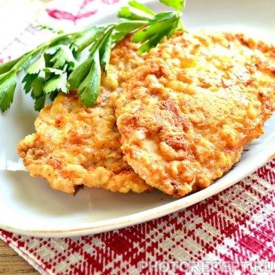 Отбивные из куриной грудки на сковороде - рецепт с фото