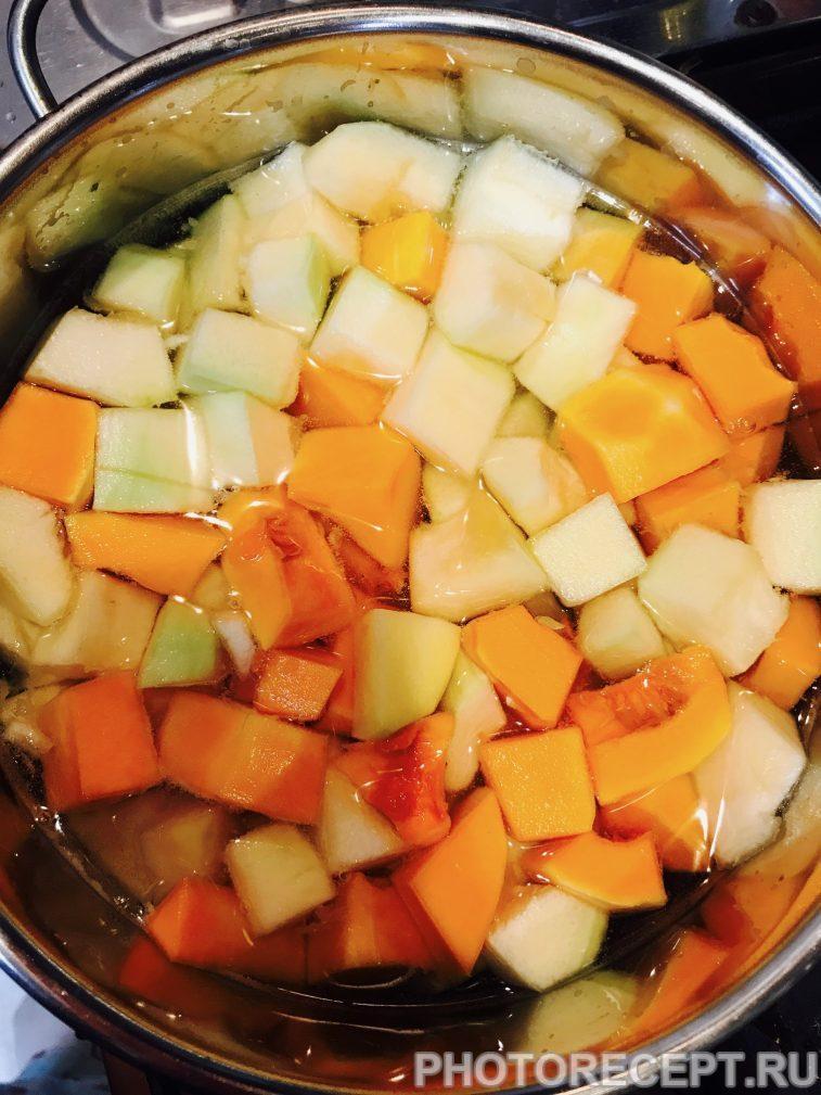 Фото рецепта - Суп-пюре из кабачка и тыквы - шаг 3