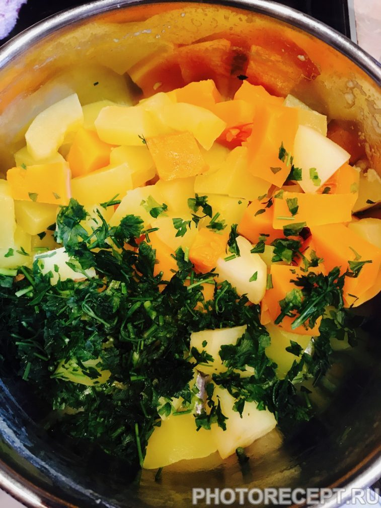 Фото рецепта - Суп-пюре из кабачка и тыквы - шаг 4