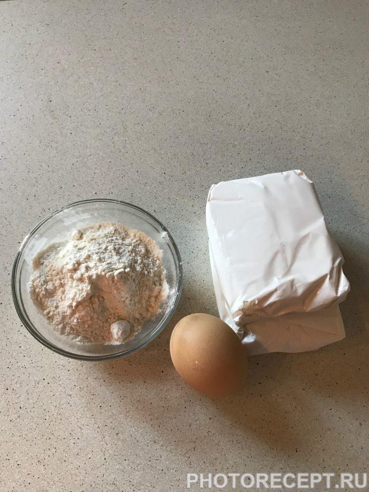 Фото рецепта - Сырники классические из творога - шаг 1