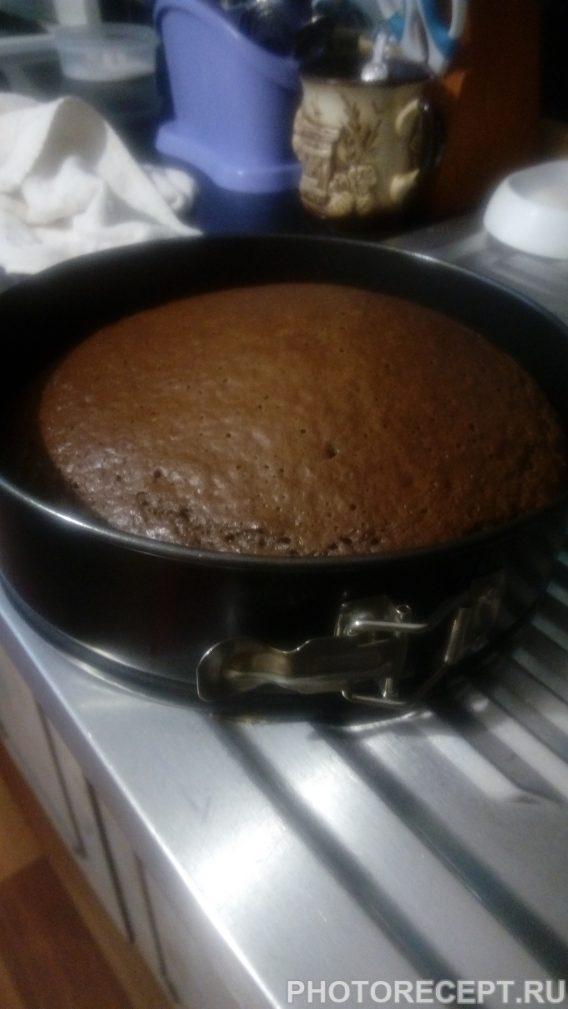 Фото рецепта - Торт «Пьяная вишня» - шаг 2