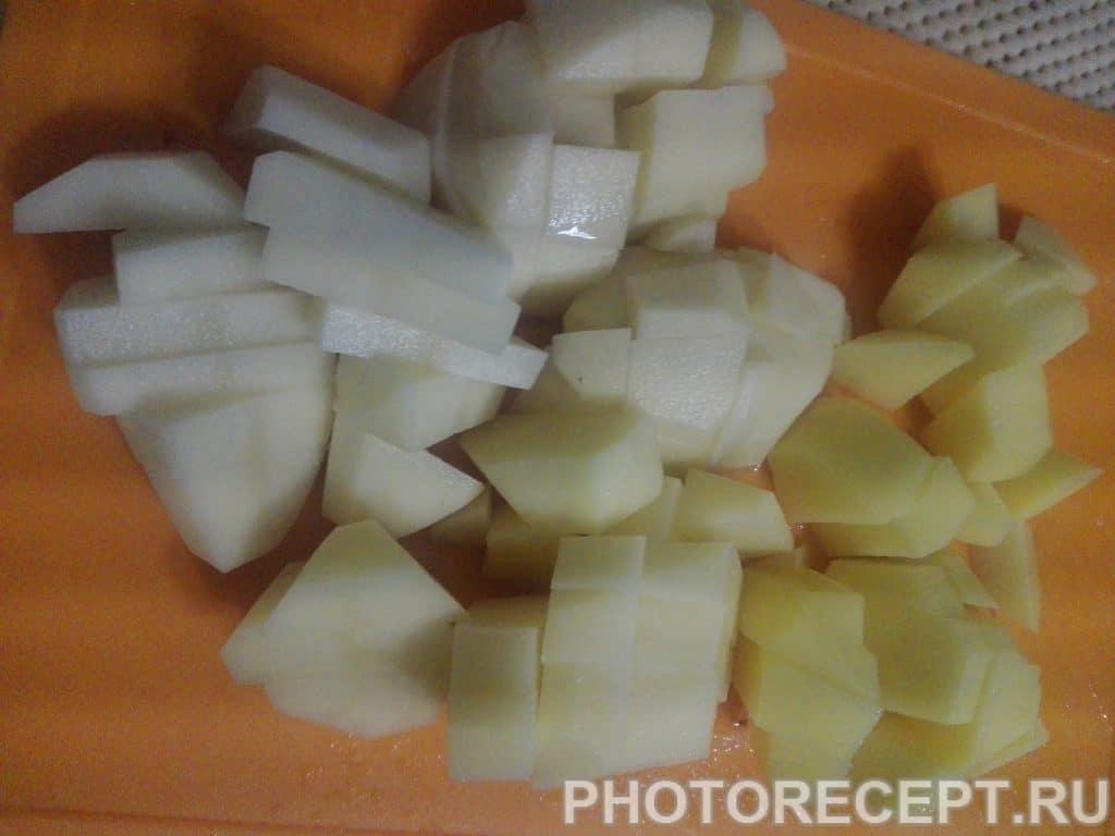 Фото рецепта - Румяная курочка с картошкой - шаг 3