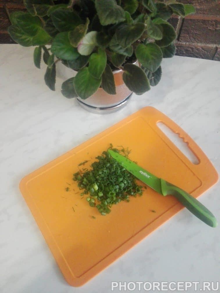 Фото рецепта - Классическая окрошка на кефире - шаг 8