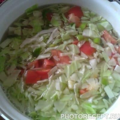 Фото рецепта - Традиционный борщ с курицей - шаг 4