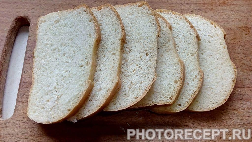 Фото рецепта - Ароматные бутерброды на  чесночных гренках - шаг 2