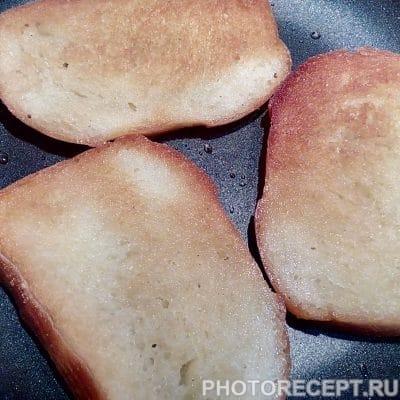 Фото рецепта - Ароматные бутерброды на  чесночных гренках - шаг 3