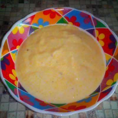Кукурузная каша на молоке - рецепт с фото