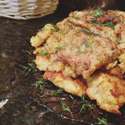 Минтай в кляре на сковороде - рецепт с фото