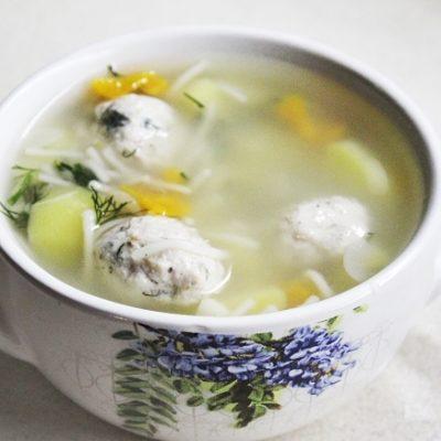 Суп с нежными куриными фрикадельками - рецепт с фото
