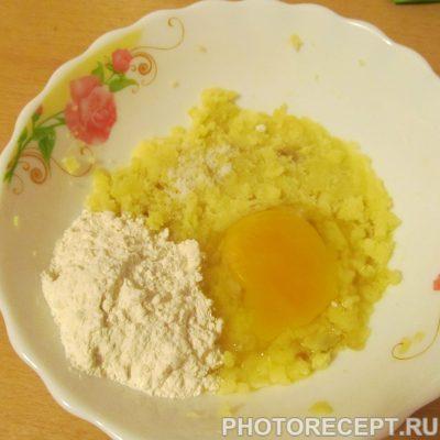 Фото рецепта - Куриный суп с картофельными клецками - шаг 6
