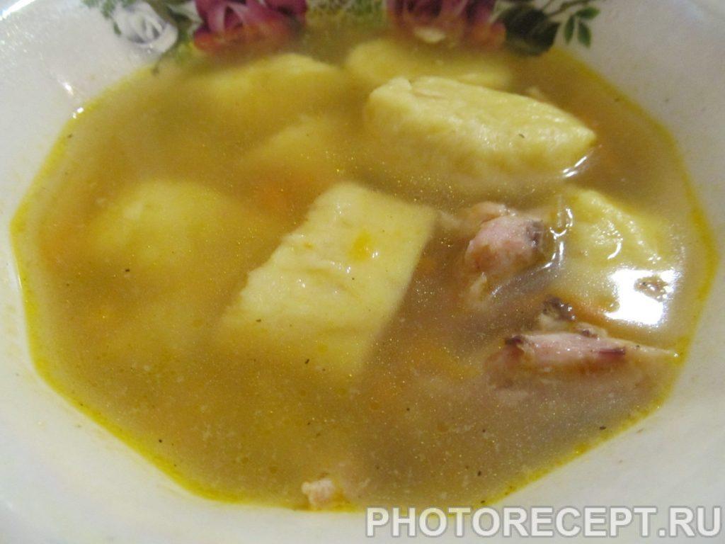 Фото рецепта - Куриный суп с картофельными клецками - шаг 11