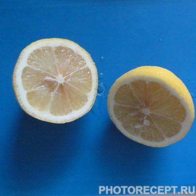 Фото рецепта - Курица, фаршированная луком и лимоном. - шаг 5