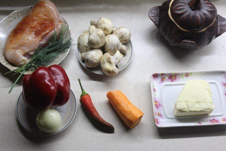 Фото рецепта - Мясо в горшочках с ароматной заправкой - шаг 1