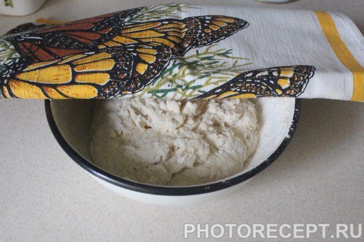 Фото рецепта - Красный борщ с пампушками - шаг 7