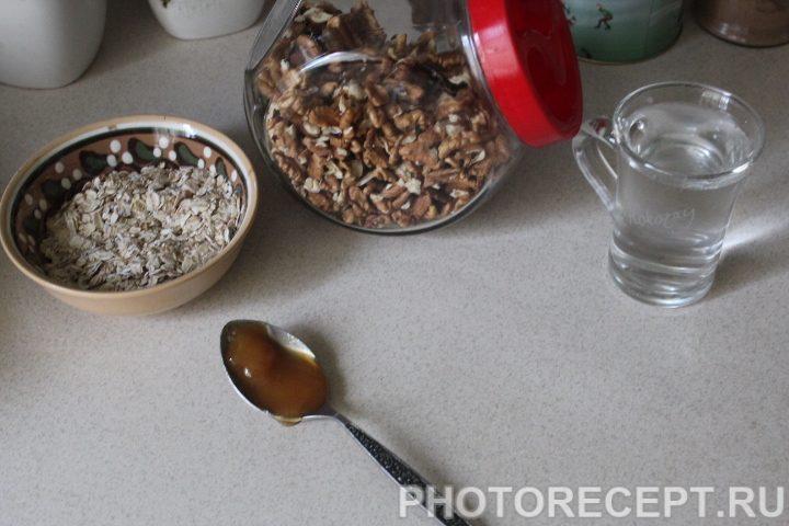 Фото рецепта - Сытная овсяная каша - шаг 1
