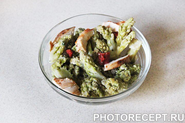 Фото рецепта - Горячий салат из капусты романеско - шаг 10