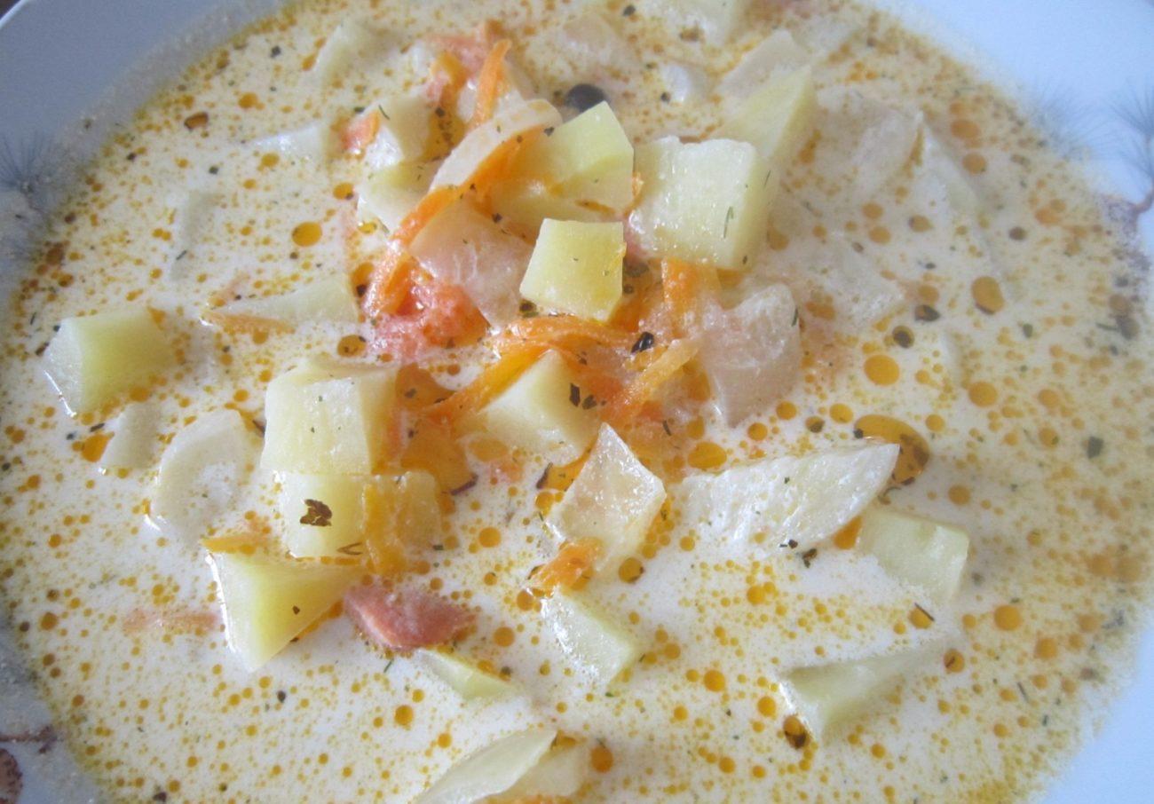 Рыбно-сливочный суп с сёмгой