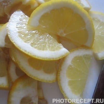 Фото рецепта - Запечённый в фольге минтай с картофелем и грибами - шаг 2