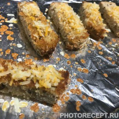 Фото рецепта - Куриный бульон с гренками - шаг 5