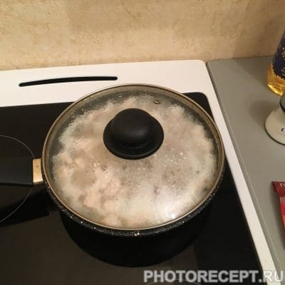 Фото рецепта - Пикантная тушеная курица - шаг 4