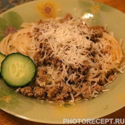 Спагетти с мясным соусом - рецепт с фото