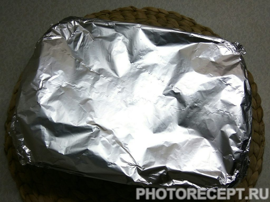 Фото рецепта - Ароматная курица с картошкой в духовке - шаг 5