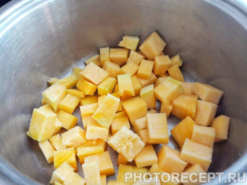 Фото рецепта - Пшеничная каша с тыквой - шаг 1