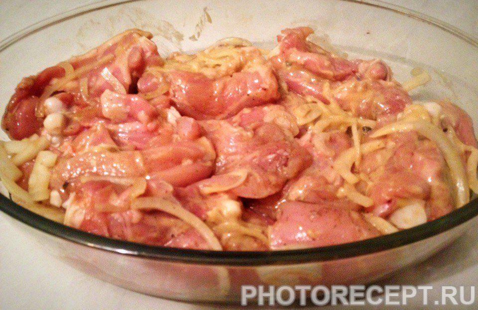 Фото рецепта - Куриное мясо в соевом соусе, запеченное в духовке - шаг 5