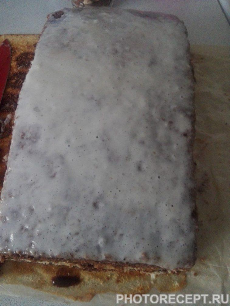 Фото рецепта - Шоколадно-мятный торт из бисквитного теста - шаг 12