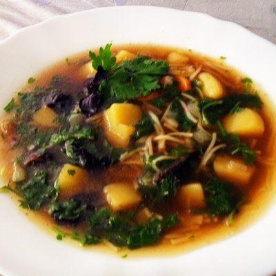 Суп из сушеных лесных грибов - рецепт с фото
