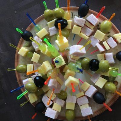 Канапе для детей - рецепт с фото