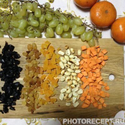 Фото рецепта - Рисовая каша с сухофруктами - шаг 1