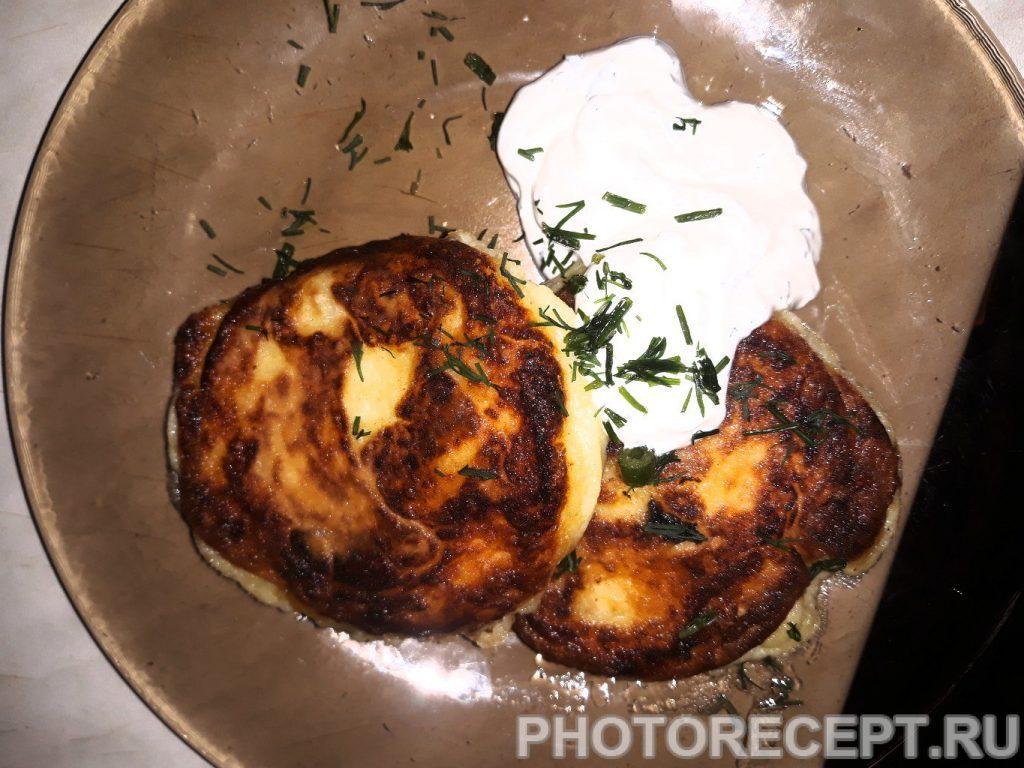 Фото рецепта - Жаренные картофельные котлеты - шаг 7