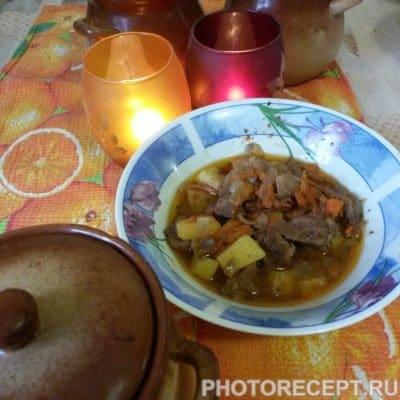 Мясо в горшочках - рецепт с фото