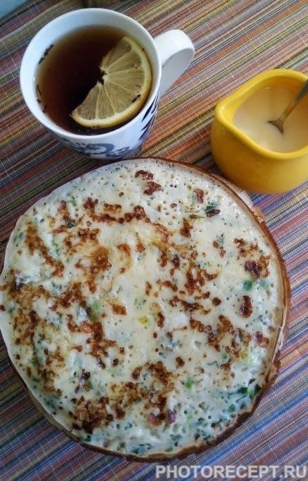 Фото рецепта - Блины с сыром и зеленью на кефире - шаг 7