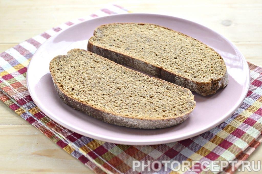 Фото рецепта - Горячие бутерброды в микроволновке - шаг 1