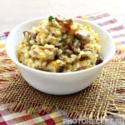 Рис с мясом на сковороде - рецепт с фото